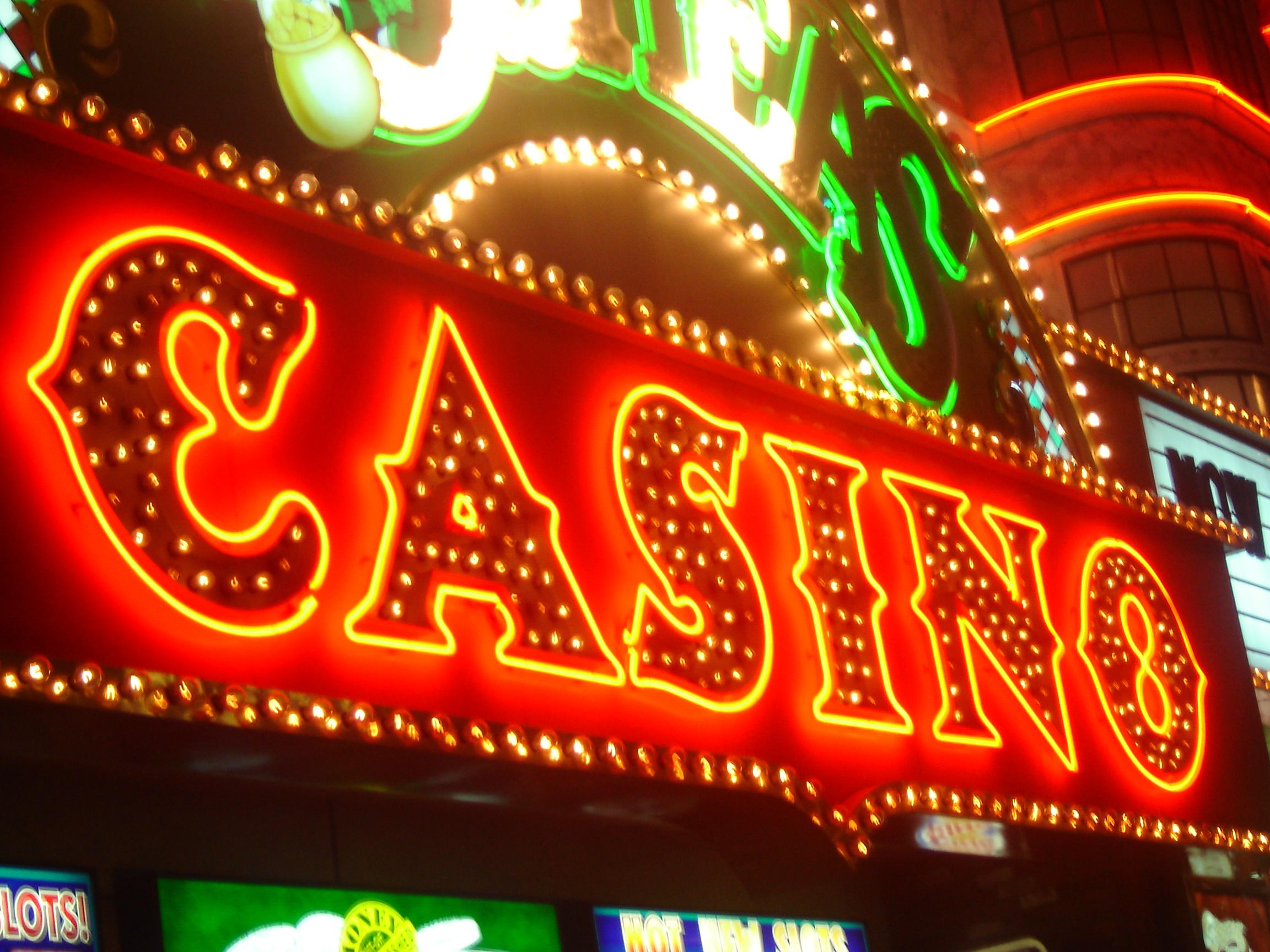 Играть в азартные игры игровые автоматы азтек голд